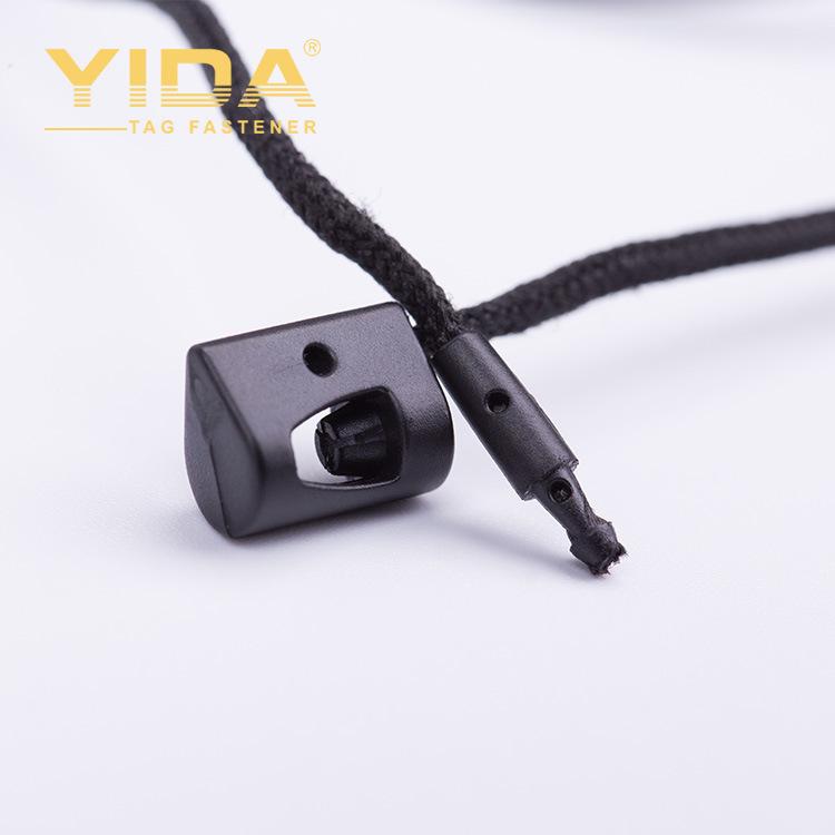 Các nhà sản xuất bán thương hiệu quần áo treo máy tính bảng tag custom made tùy chỉnh màu đen treo m