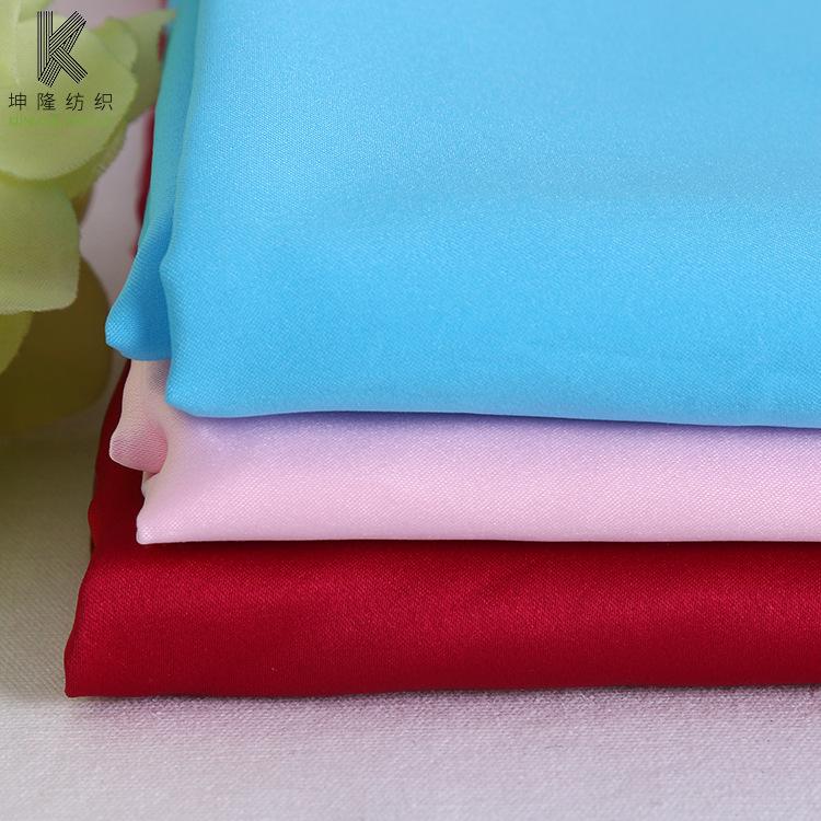 Nhà máy bán buôn polyester đồng bằng matt đàn hồi satin quần áo vải lót thời trang mặc giản dị vải