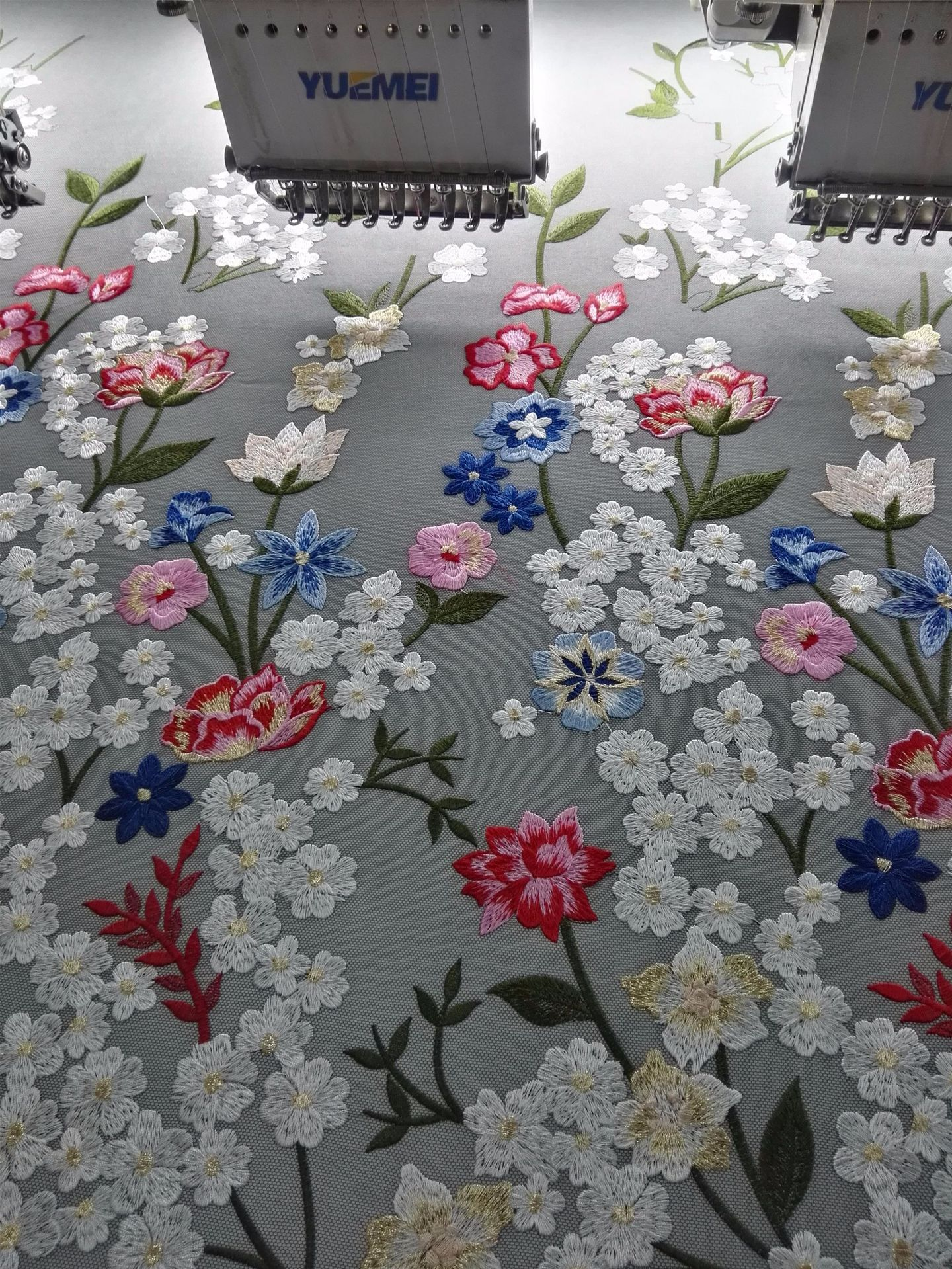 Direct selling garments, embroidered fabrics, Eugen gauze, embroidery, lace, milk, silk, polyester m