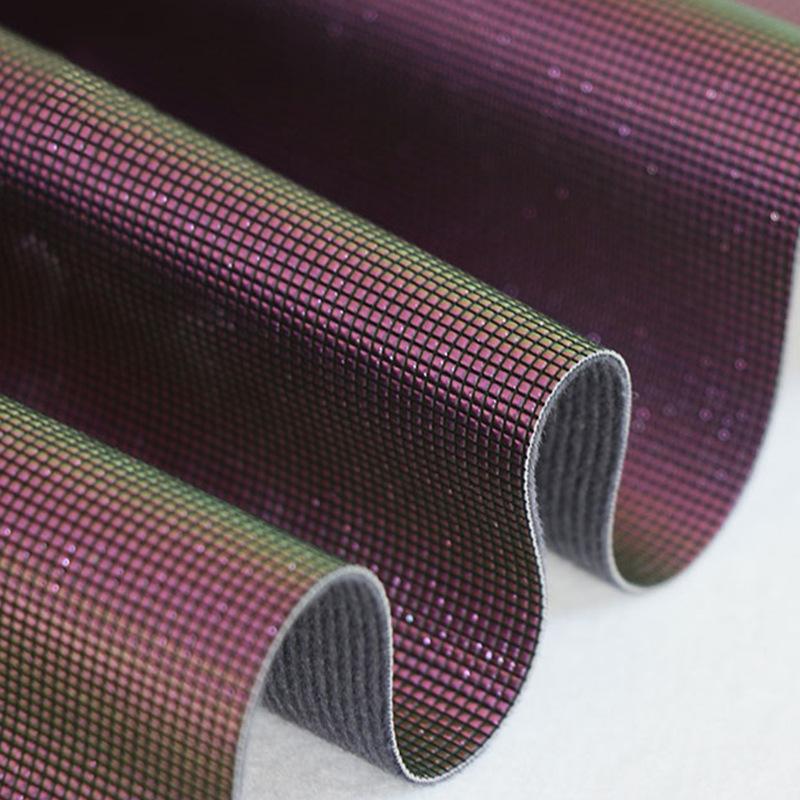 Nhà máy trực tiếp ma thuật màu da nổi laser ba chiều lưới nước cube PU giày túi vải da