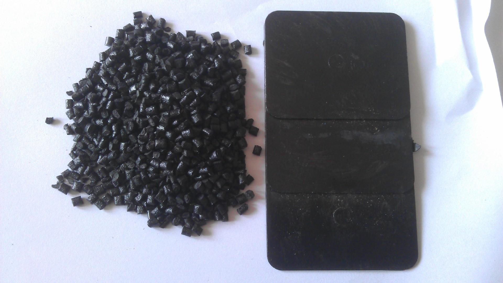 Ningbo nhà máy trực tiếp PC tăng cường màu đen vật liệu tái chế PC nhà máy trực tiếp giá rẻ