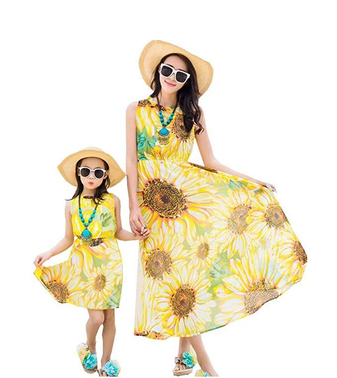 Thời Trang cho Gia đình : Đầm thời trang kiểu maxi đi biển cho mẹ và bé .