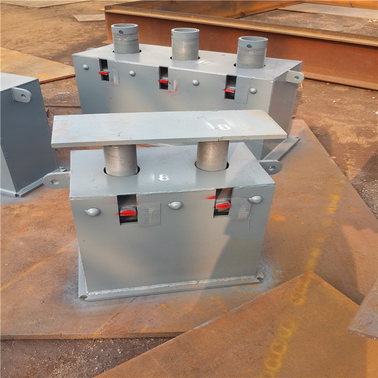 Nhà sản xuất cung cấp thay đổi lực hộp đĩa Xuân Xuân Chi Móc áo ống clip ổ cắm clip