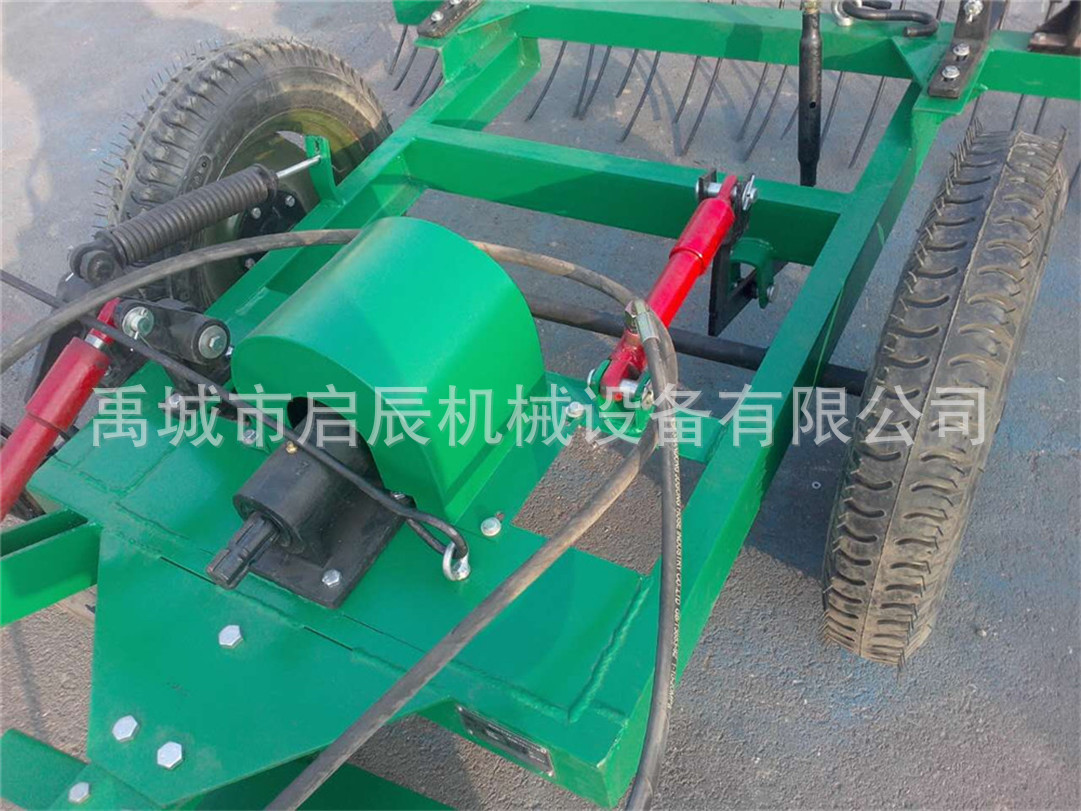 A lawn mower 18553491180 for cutting tools of agricultural tools.
