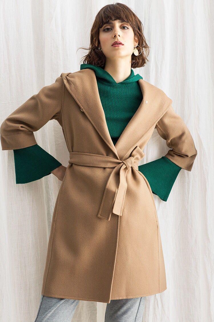 Áo khoác lửng ngắn tay có thắt lưng màu da bò