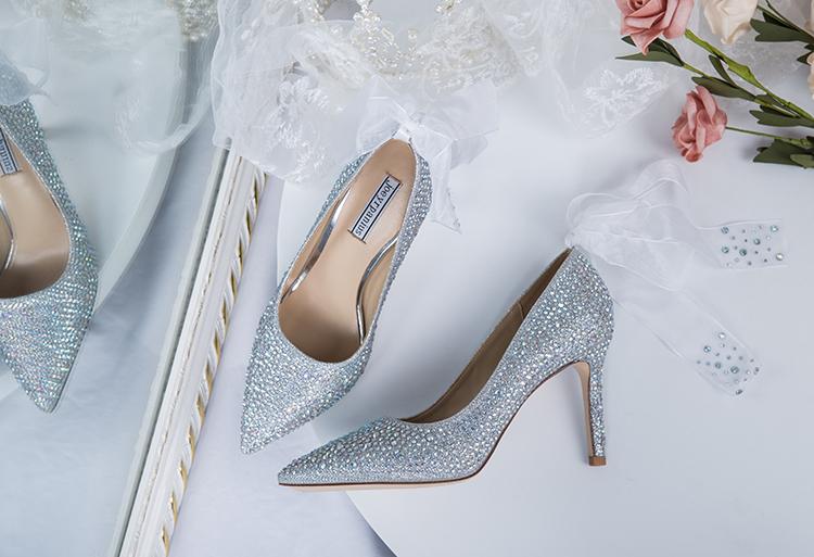 Giày Cưới Đính Đá dành cho cô dâu , kiểu búp bê cao gót .