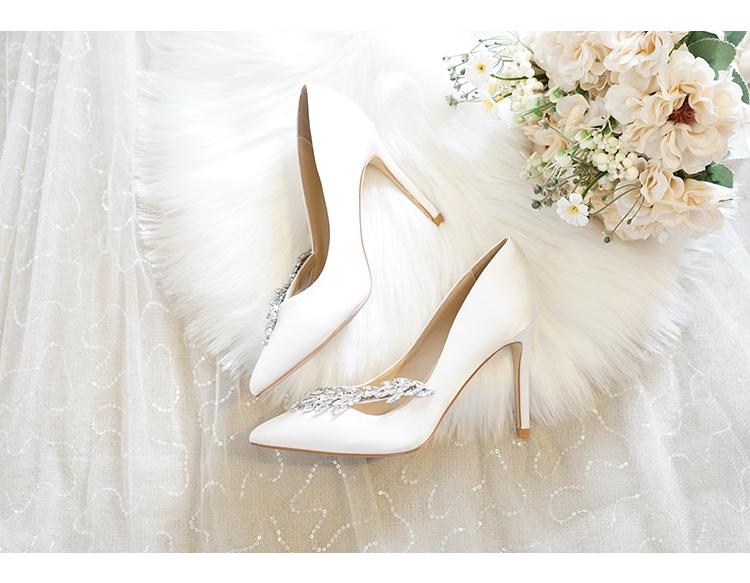 Giày Cưới dành cho cô dâu , kiểu búp bê cao gót , Thương hiệu: Eiffel