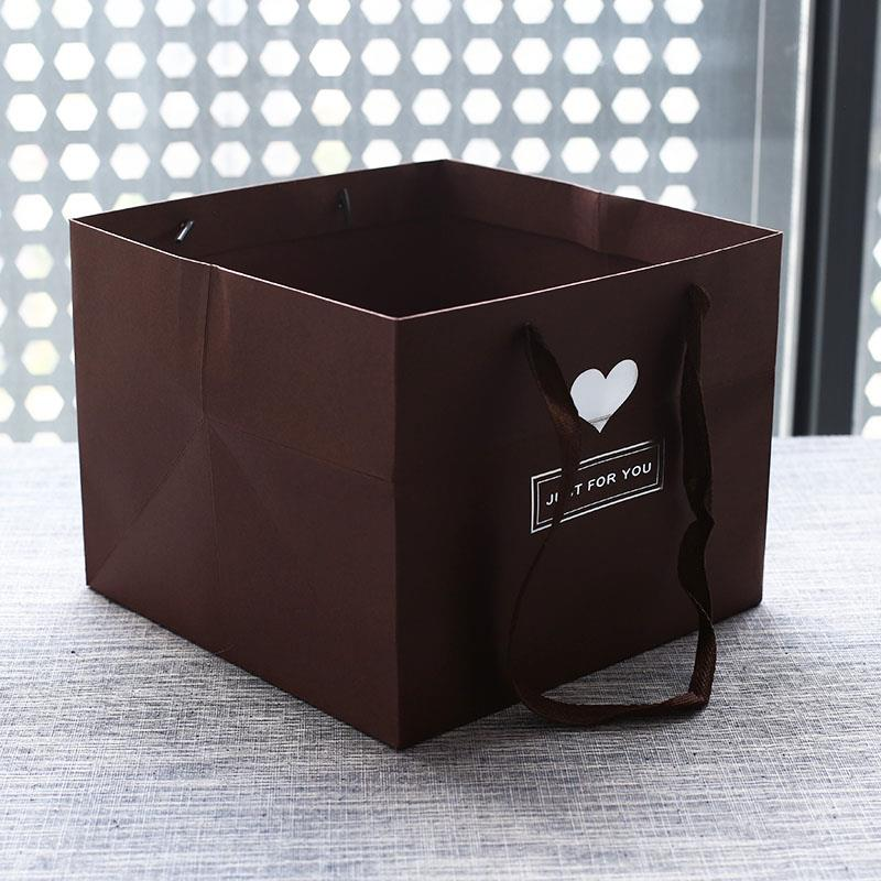 Túi giấy Nhưng tùy chỉnh in logo mới thương mại rộng đáy túi giấy gió bên dưới thời trang túi hộp qu