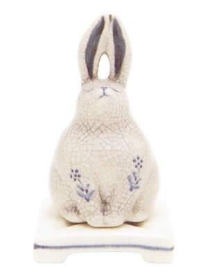 Lư hương trầm hình con thỏ RBXT