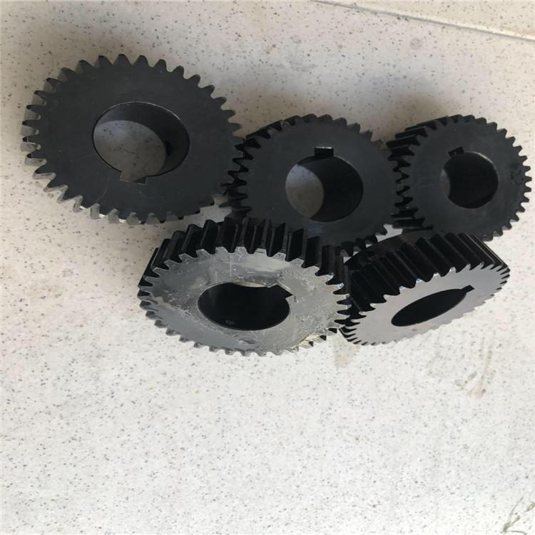 Bánh răng thép thứ 45 tùy chỉnh bánh răng thúc đẩy bánh xe đồng bộ phi tiêu chuẩn nhà sản xuất tùy c