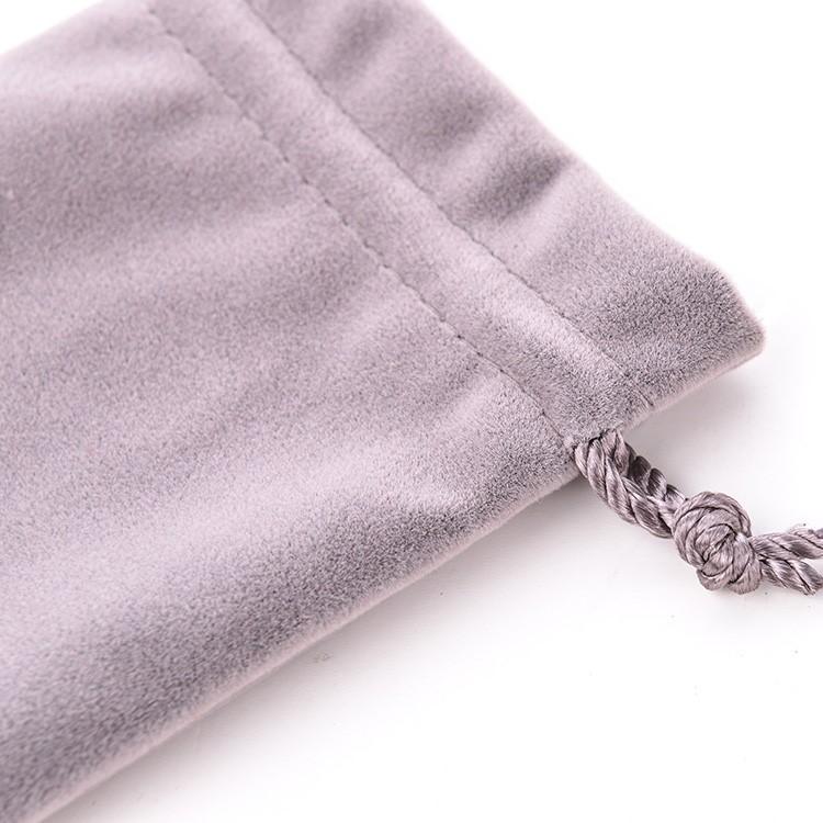 18 năm mới mới hút miệng túi vải lông nhung dây chùm túi đồ chơi văn hoá trang sức bao gói quà tặng