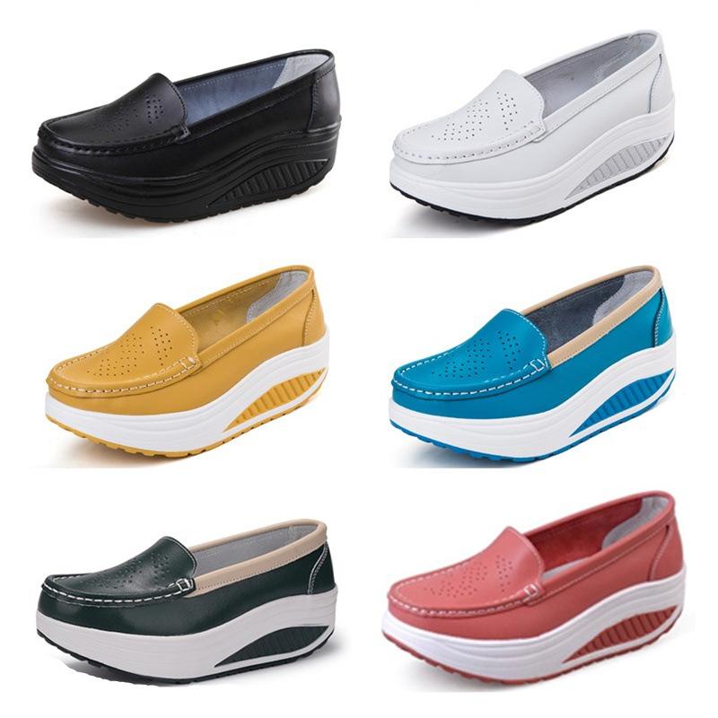 Giày Thời Trang Thể Thao : Giày bánh mì đế Dày dành cho nữ .