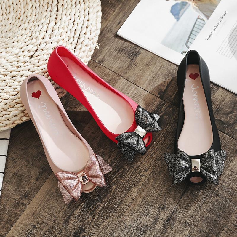 Giày Búp Bê bằng nhựa cho nữ , Thương hiệu : ohmgaa  .