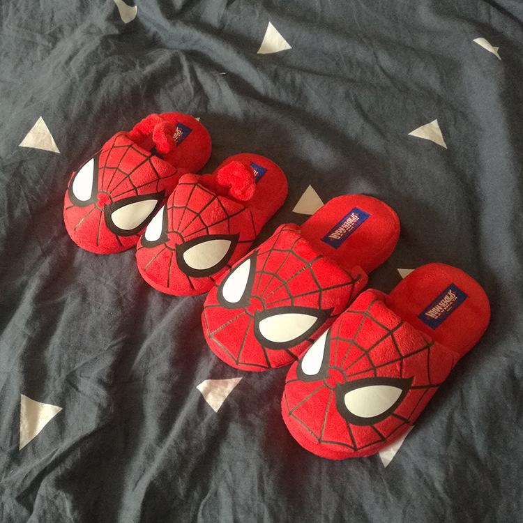 Dép Bông dành cho trẻ em , hình người nhện .