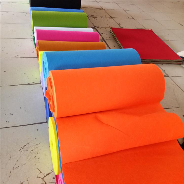 HUASHEN Vải không dệt Các nhà sản xuất cung cấp vải không dệt màu nỉ Vải không dệt các màu khác nhau