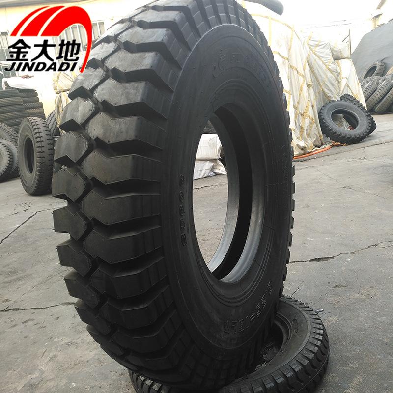 Lốp Xe Mô hình xe tải 825-16 lốp 18 cấp . Hãng Jindadi .