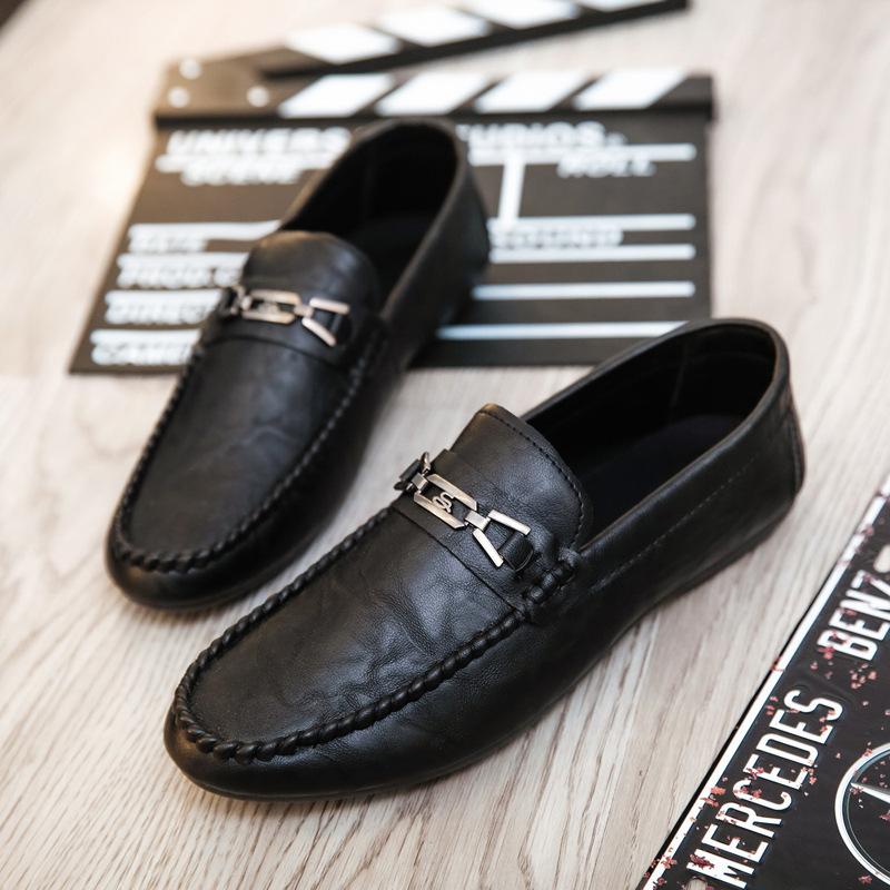 Giày mọi Da đế thấp , Giày nam bằng da mềm .
