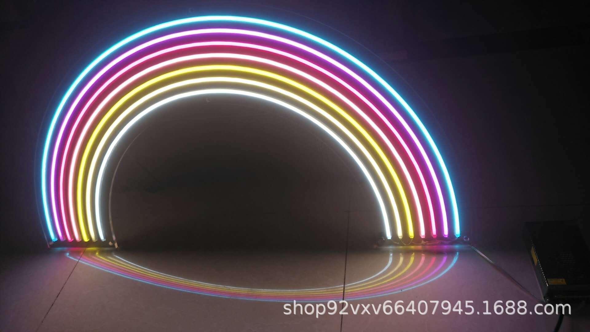 Những chiếc đèn Led sáng đơn sắc màu cầu vồng 12V mang kiểu dáng đèn neon đưa quảng cáo đúc chữ