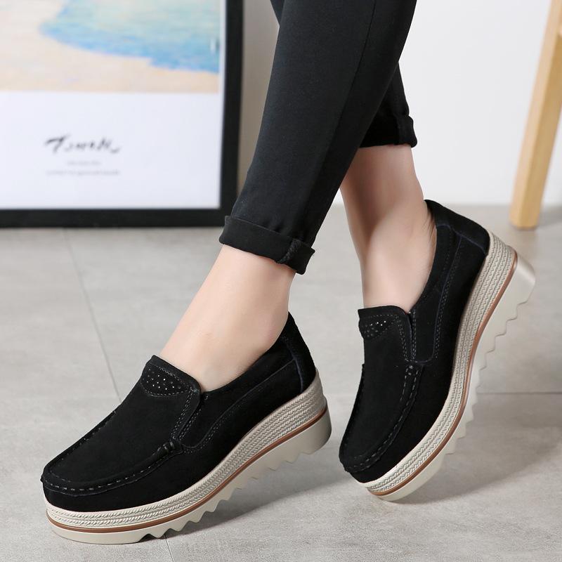 Giày Thời Trang Thể Thao : Giày bánh mì đế xuồng dành cho nữ .