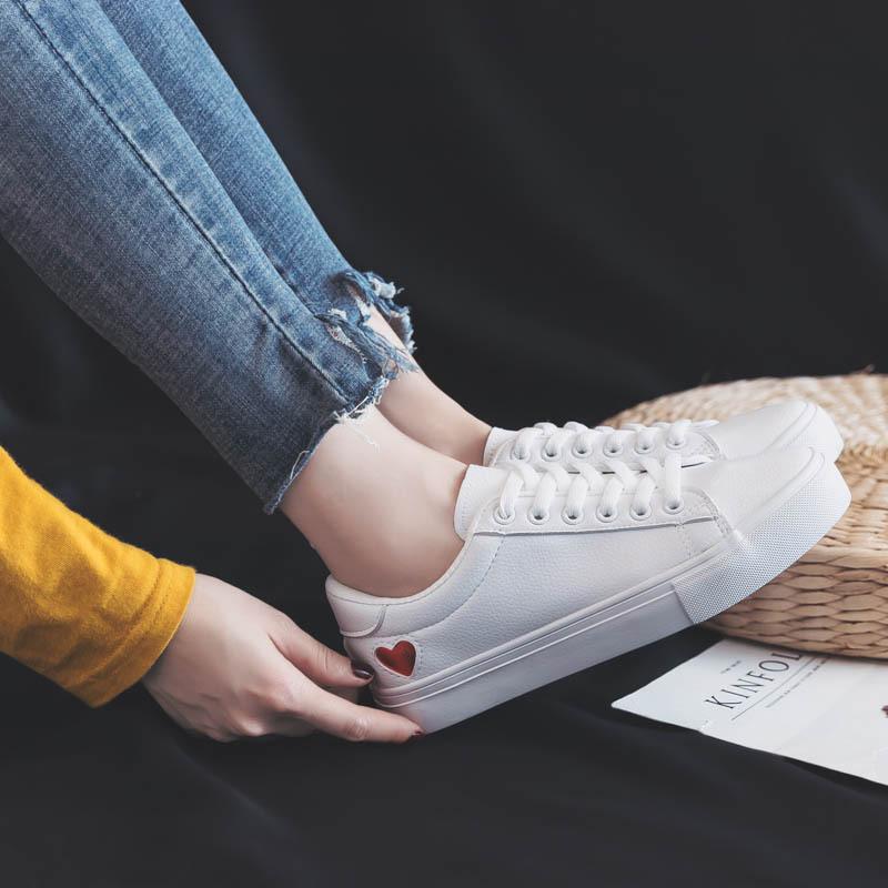 Giày bata Thể Thao dành cho nữ .