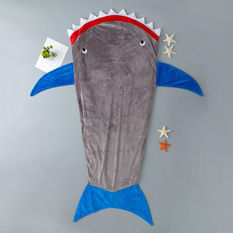 Túi ngủ hình con cá mập dễ thương dành cho bé .