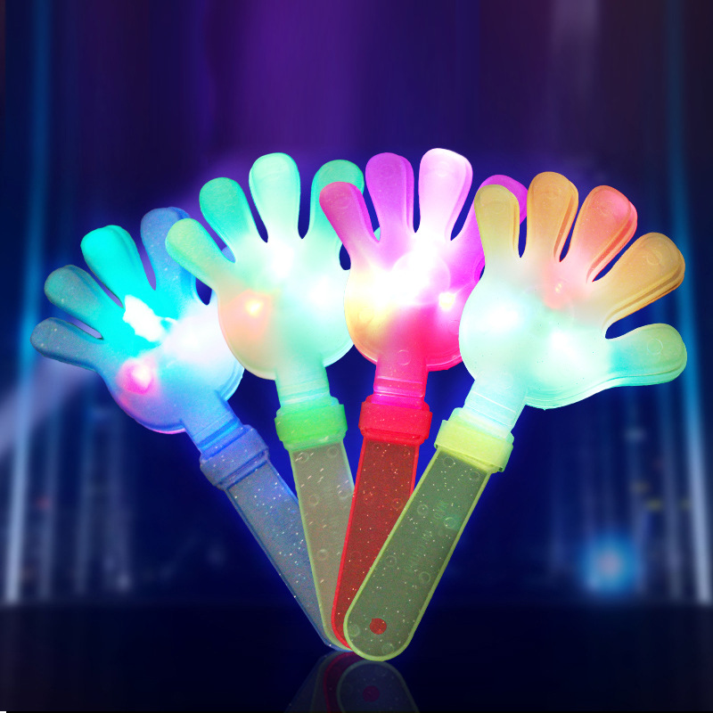 Đồ chơi phát sáng : bàn Tay vỗ nhẹ phát ra ánh sáng .