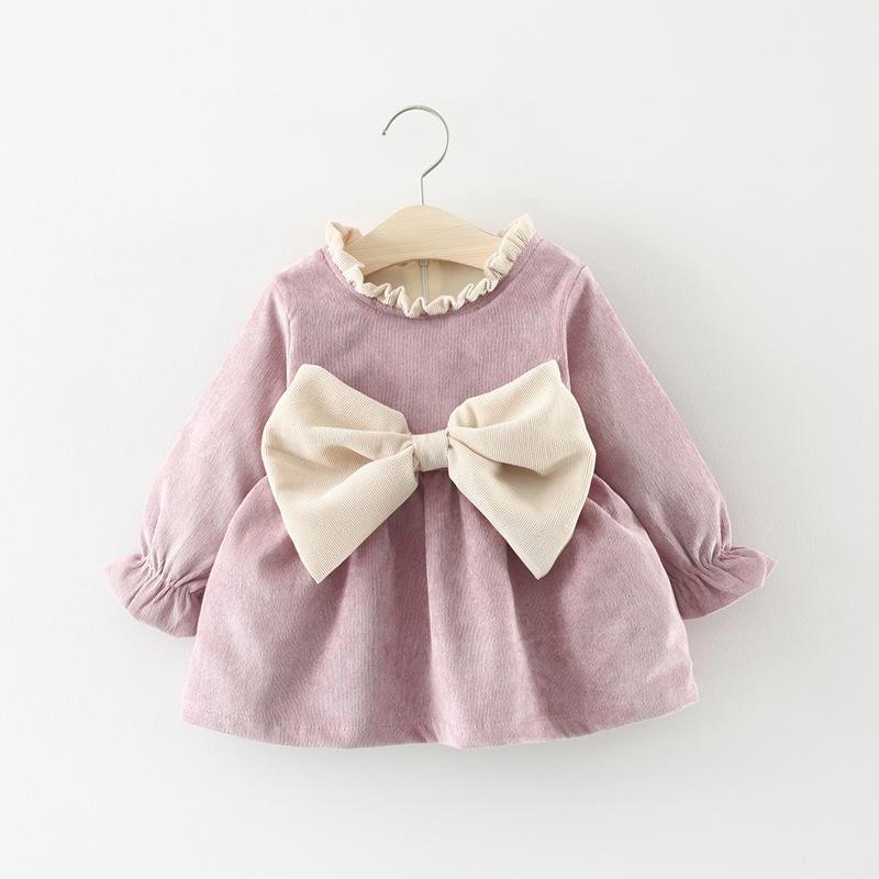 váy nhung đầm xòe dễ thương dành cho bé gái .