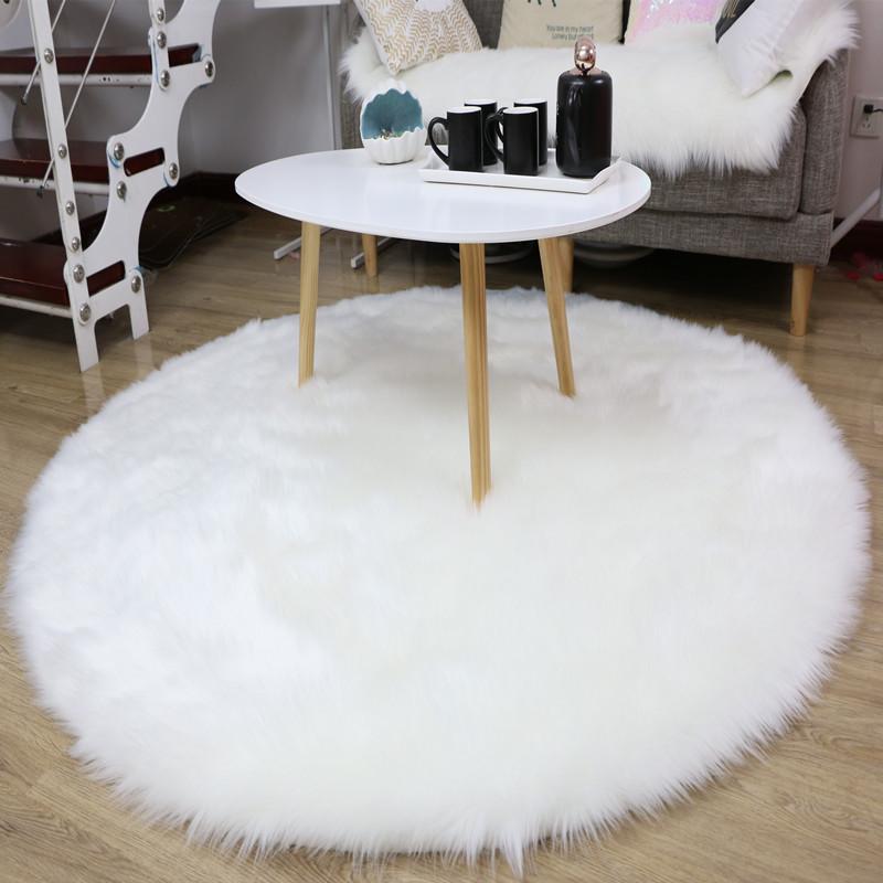 Thảm lót sàn vải lông thiết kế sang trọng .
