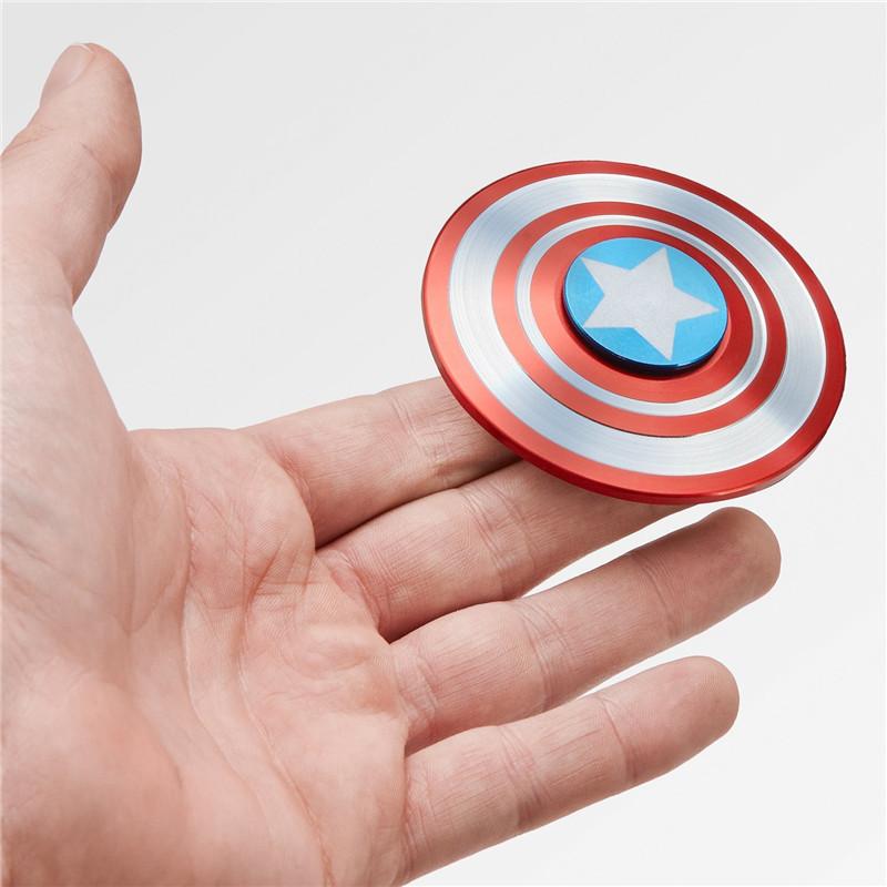 DOUYIN CBông vụ aptain America Mẹo Gyro Decompression Artifact Shield Nhôm Giải nén Ngón tay Xoắn ốc