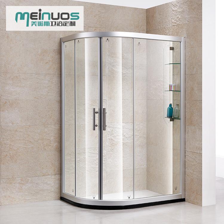 Phòng tắm Bằng kính cường lực Thiết kế đơn giản .