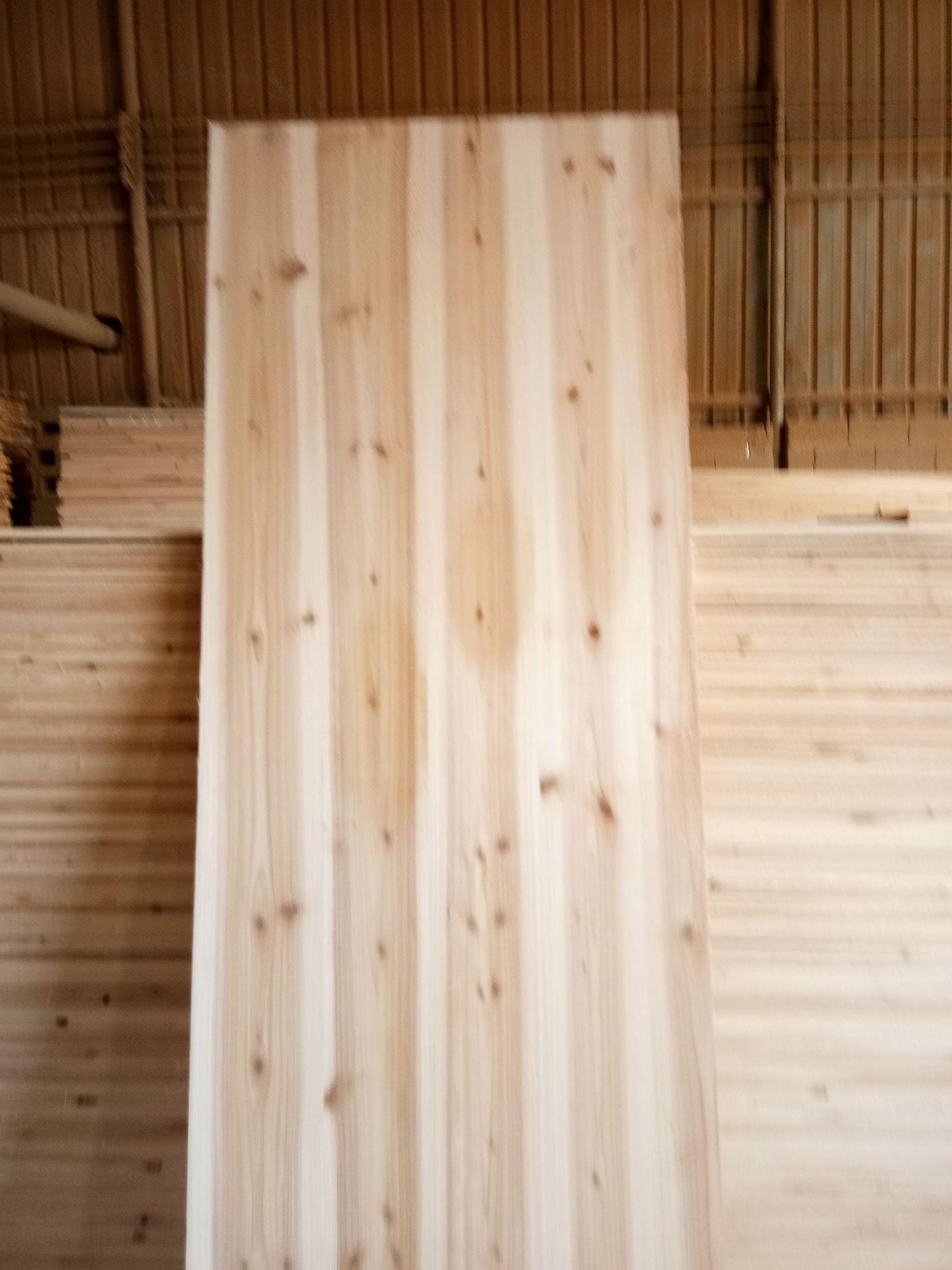 WANGSHENG Ván gỗ Nhà máy trực tiếp gỗ rắn trang trí đồ nội thất đặc biệt thơm linh sam thẳng câu đố