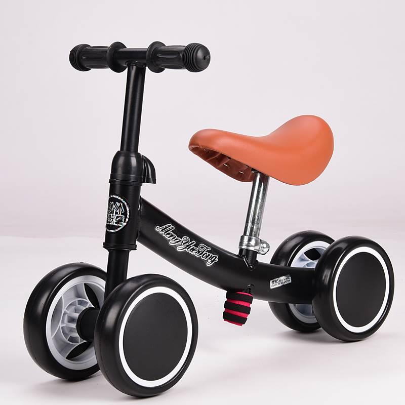 xe đồ chơi : xe chòi chân cho bé từ 1-3 tuổi