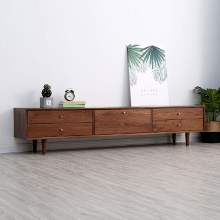 Kệ Tủ tivi bằng gỗ Gỗ óc chó , có ngăn tủ lưu trữ cho căn hộ phòng khách .