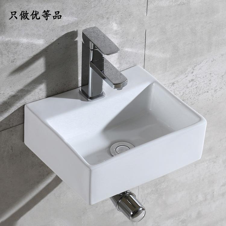 Nội Thất phòng Tắm : Bồn Rửa Mặt bằng Tấm gốm hình vuông  .