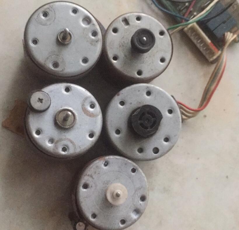 Mô-tơ điện  / Động cơ điện Mô Tơ 12v
