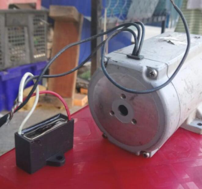 Mô-tơ điện  / Động cơ điện Mô Tơ Giảm Tốc