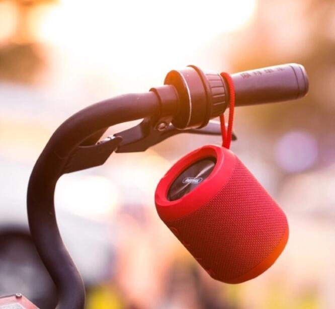 Loa Bluetooth REMAX M21( Âm Thanh Cực Đỉnh Của Đỉnh )