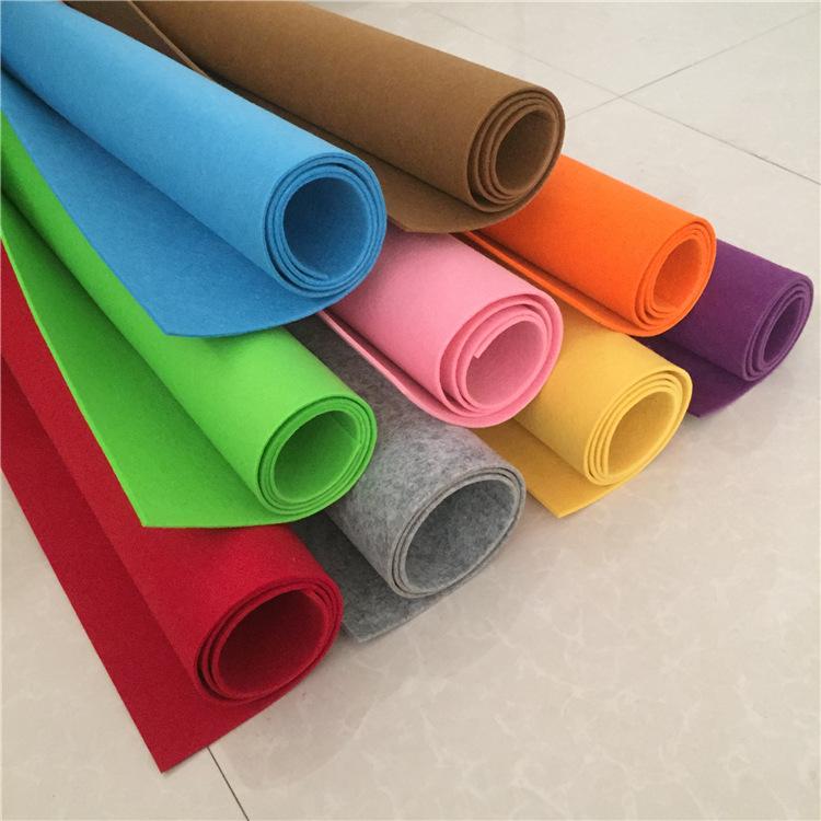 JINCHENG Vải không dệt Màu nỉ sợi polyester châm cứu vải không dệt vải không dệt bao bì nghệ thuật t