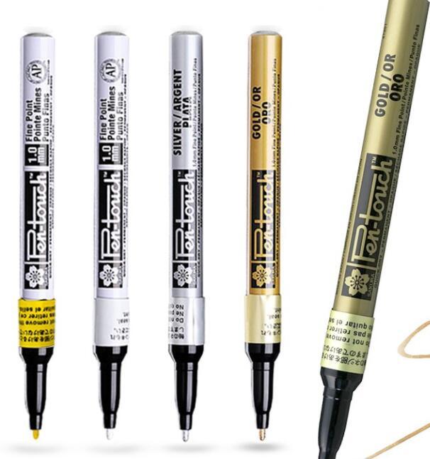 Bút nước Bút vẽ mọi vật liệu SAKURA Pen-touch (đầu Nhỏ 1.0mm)