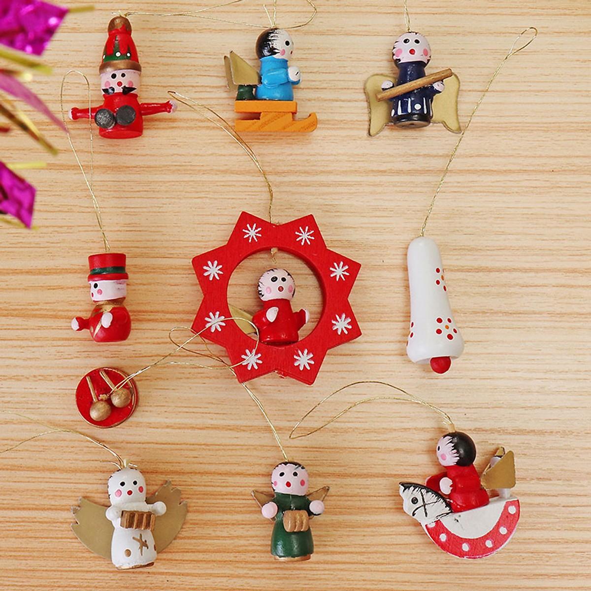 Đồ Trang Trí Giáng Sinh Bằng Gỗ (Bộ 10 Cái)