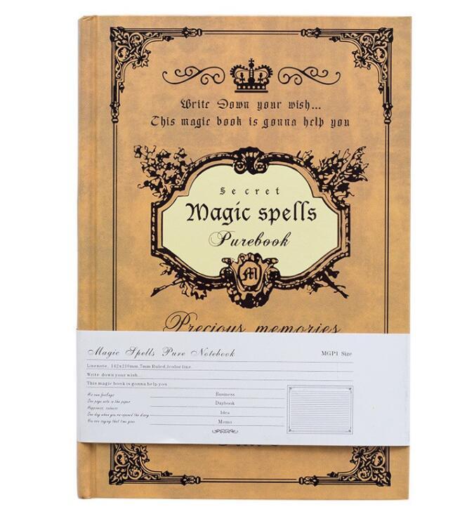 Sổ tay ghi chép, nhật kí bìa cứng kích thước A5 Magic Book, giao bìa ngẫu nhiên