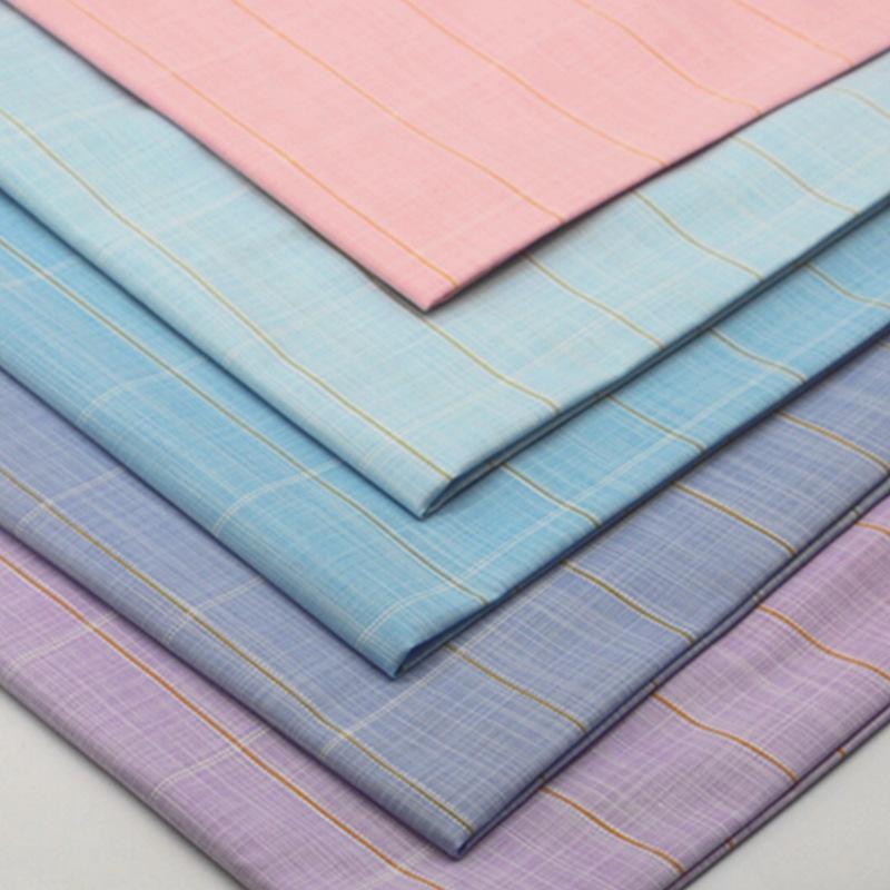 Vải mộc pha Nhà máy sản xuất trực tiếp áo sơ mi vải polyester-cotton pha vải mùa xuân và mùa thu thờ