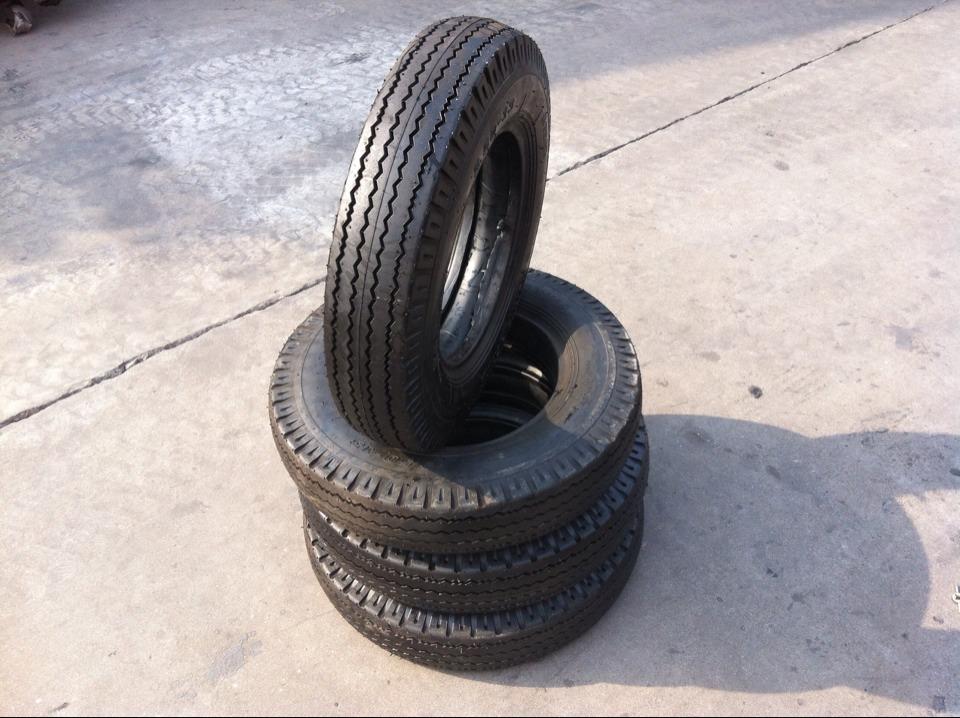 Cao su(lốp xe tải) Nhà máy sản xuất lốp bán hàng trực tiếp 5.50-13LT thẻ đen panther hộp nhỏ lốp hàn