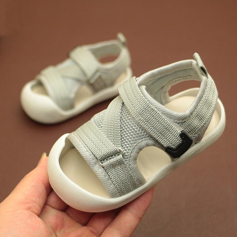 TONGSIYUAN Giày trẻ em Hot 2019 Phiên bản tiếng Hàn của giày trẻ em mới dép Baotou ngụy trang lưới c