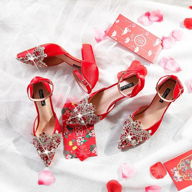 Giày cô dâu Giày cưới màu đỏ nữ 2019 mới trình diễn Quần áo cao gót Trung Quốc dày với giày cô dâu đ