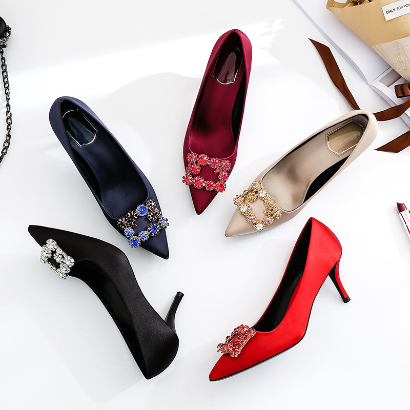 XIUXIELANG Giày cô dâu Giày cao gót màu đỏ 2018 mới khóa vuông rhinestone cô dâu phù dâu giày cưới n