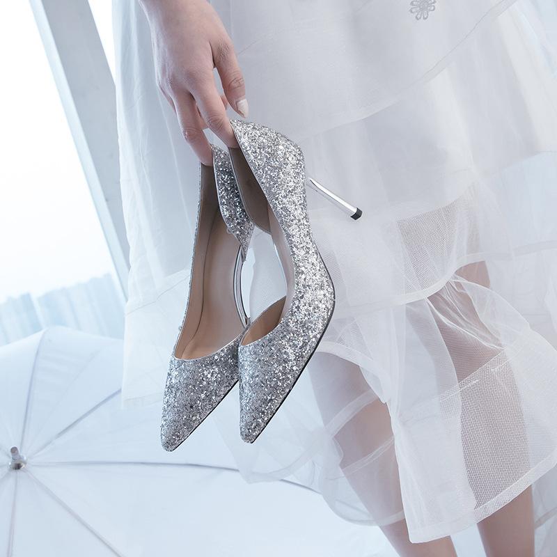 MEIAI Giày cô dâu Giày cưới mới 2018 nữ bên trống bạc giày cưới phù dâu cao gót cô dâu giày cao gót