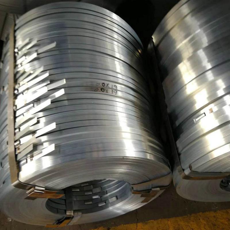Tôn cuộn Nhà máy sản xuất ống mạ kẽm nhúng nóng trực tiếp 36 * 0,28 36 * 0,25 điểm bán buôn