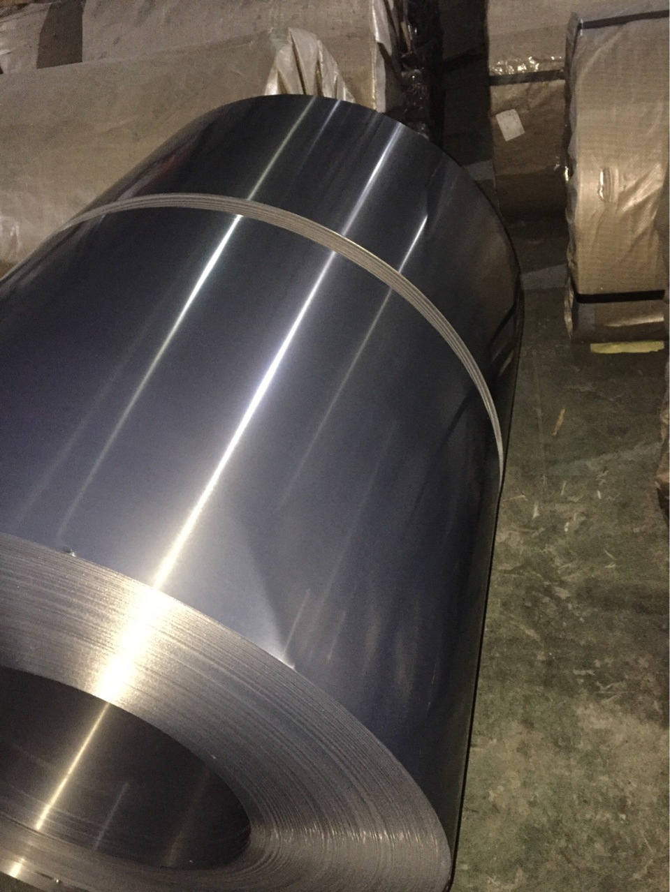 Baosteel Tôn silic Cung cấp Baosteel thép tấm thép điện không định hướng thép cuộn thép cuộn điện B3