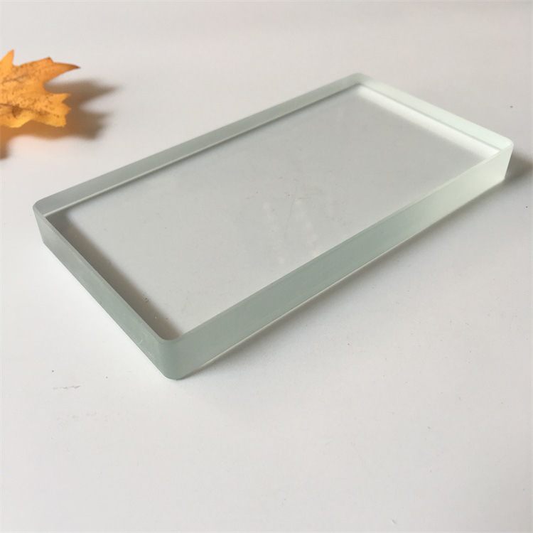 thuỷ tinh Nhà sản xuất chuyên về kính cường lực xử lý kính cường lực vượt quá 10 mm
